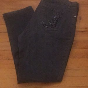 Lee Classic Fit at the Waste Jeans